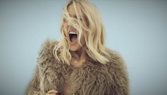 Win Ellie Goulding tickets for you & 3 friends
